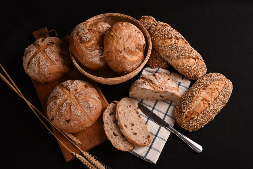 奇雅子桂圆面包, 黑买核桃面包