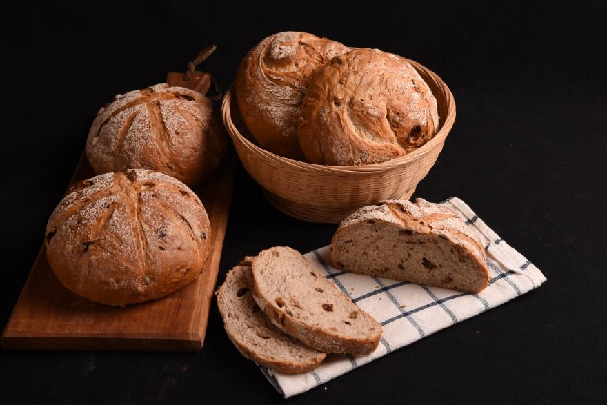 黑麦核桃提子面包
